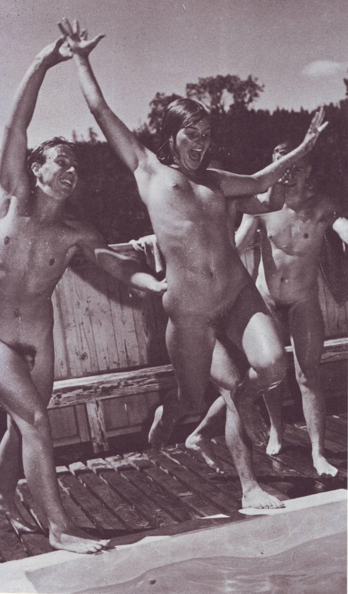 Nude swim vintage, gifs blonde women fucking wildly nude