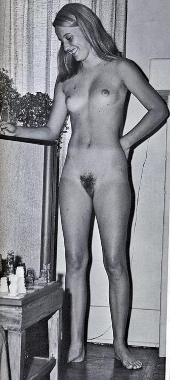 Linda | Vintage Nudist Icons