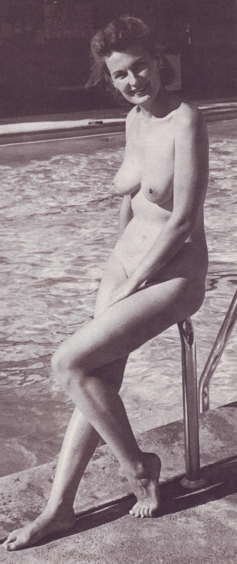 happy poolside nudist | Vintage Nudist Icons